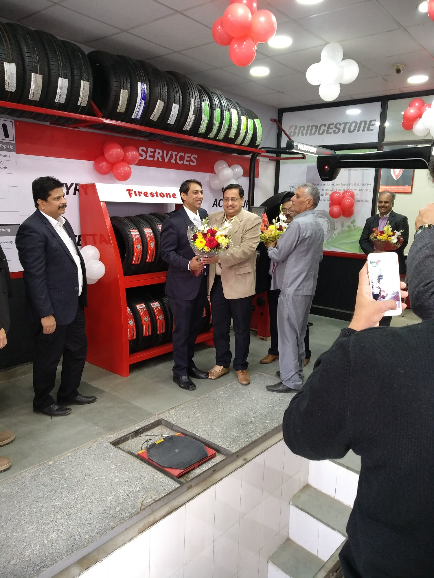 Firestone showroom, Delhi