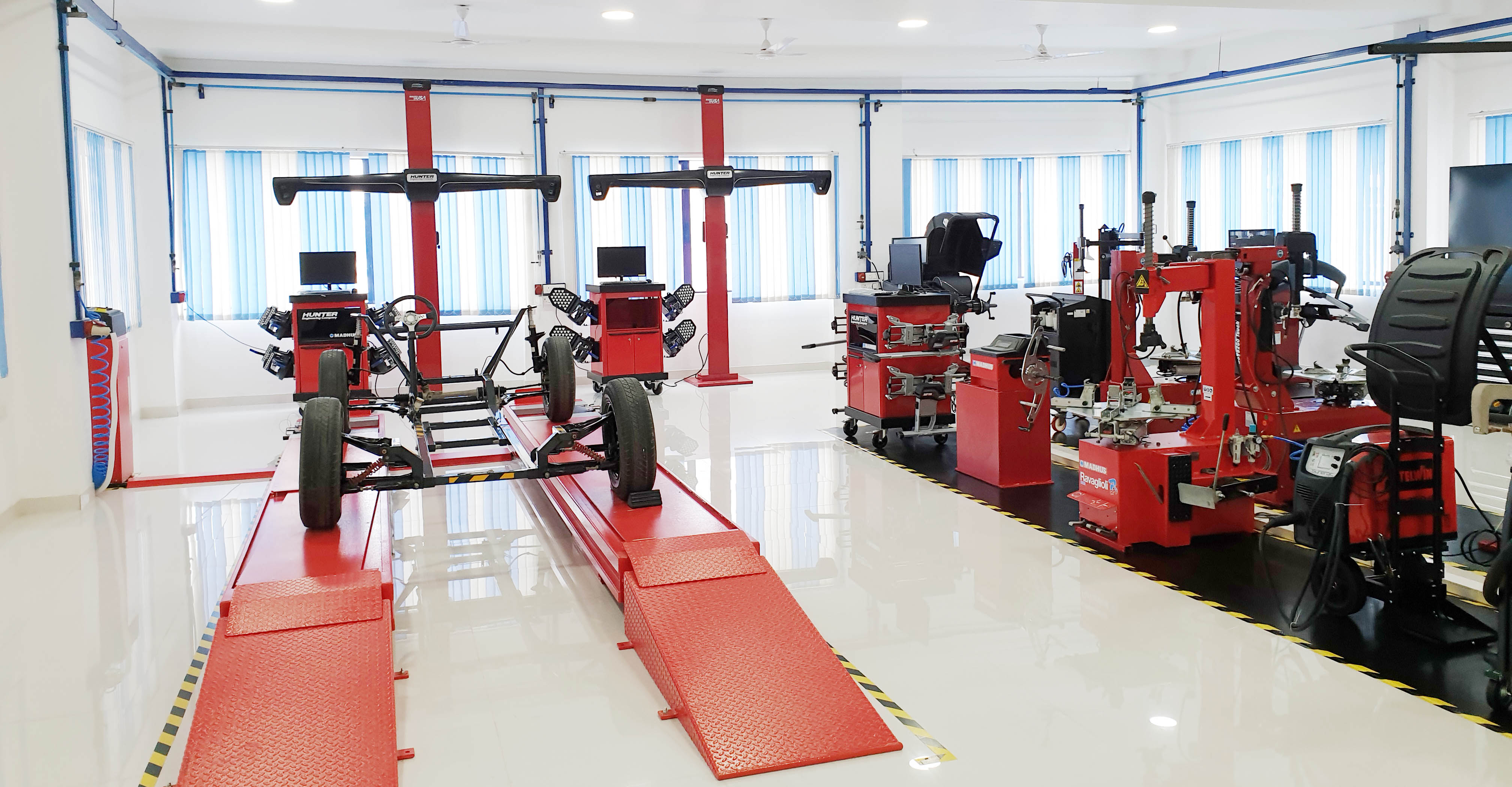 Madhus Garage Equipment - Delhi Training center